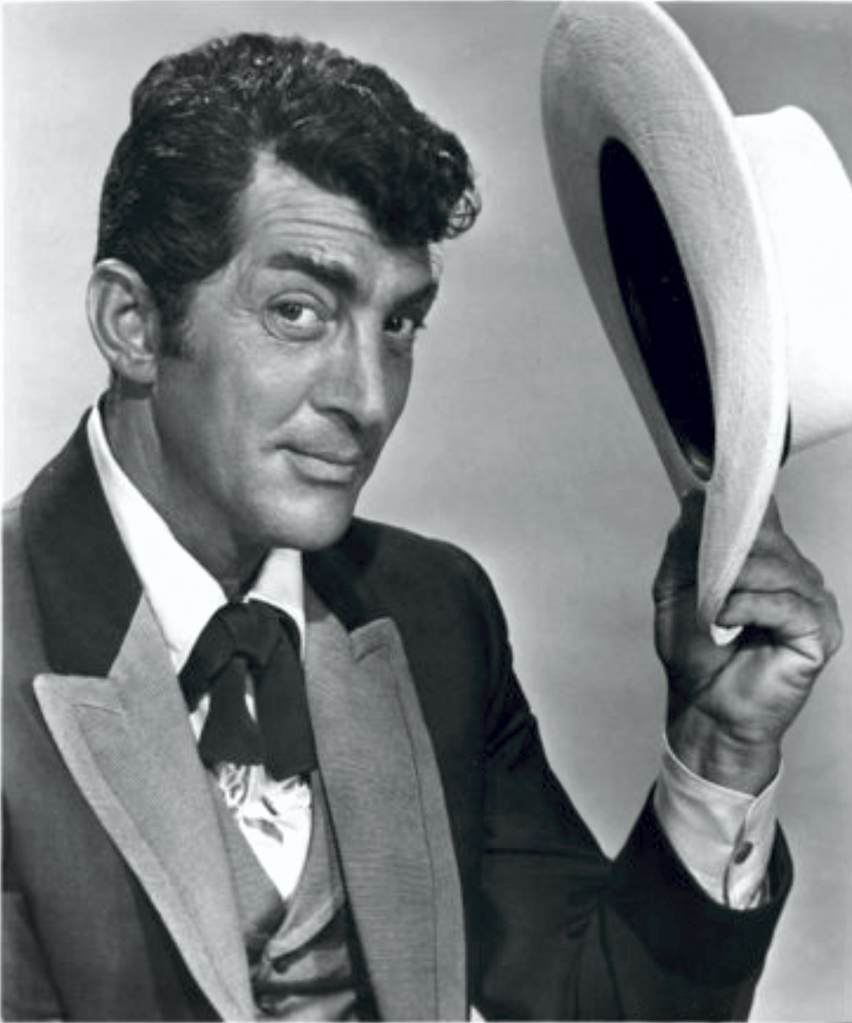 find out some memorable information about mr dean martin